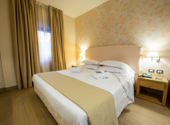 Spazi e comfort nelle camere superior di Hotel Touring