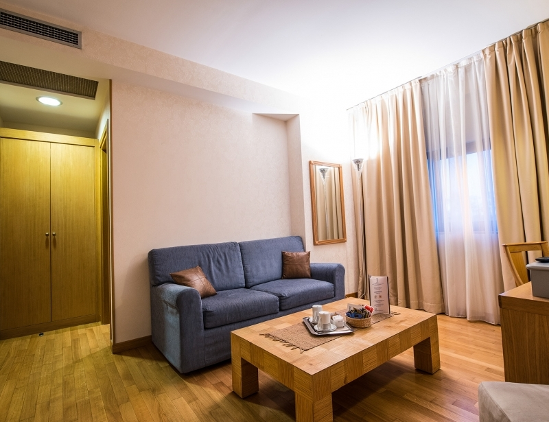 Suite with living room Carpi: Hotel Touring 4-star